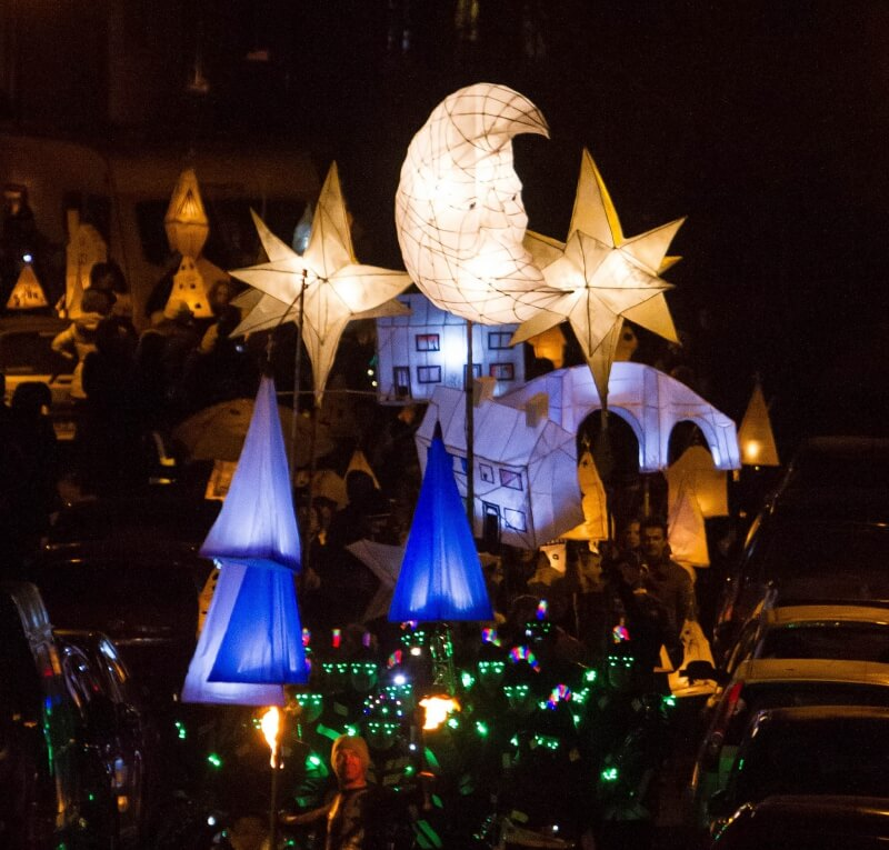 Get involved in our late night illuminated parade!