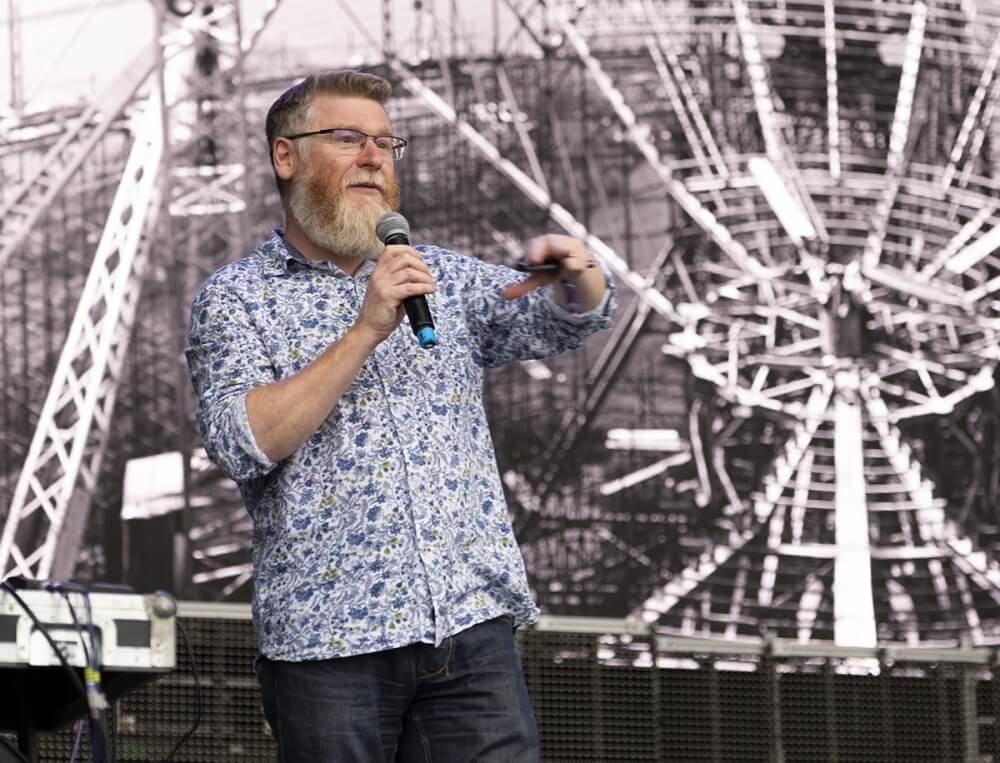 Tim O'Brien: Jodrell Bank and the Race the Moon